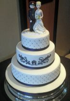 Military Bride & Groom Wedding Cake (7264)