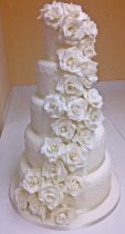 White 5 Tier Rose Cascade (9026)
