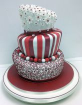 Ruby Red Wonky Cake (7269)