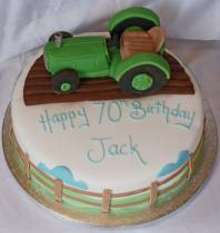 Tractor Cake (358)