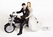 Figurine - Motorcycle Get Away Couple