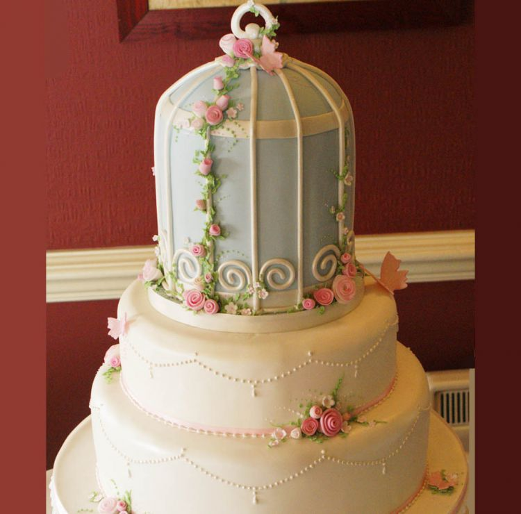 bird cage wedding cake bird cage wedding cake 019 sugar n spice cakes 11776
